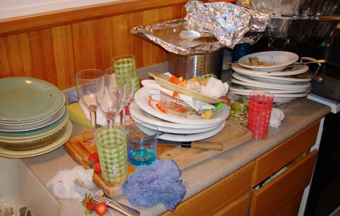 Dirty dishes that need to be washed.